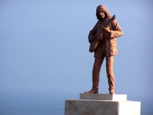 John-lennon-monument-com