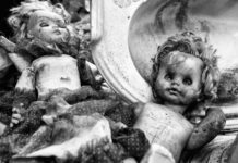 Душите на куклите - снимки на Фабиен Ролан.