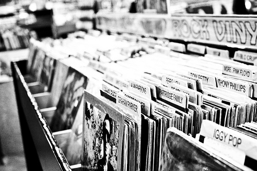 What-can-Jack-White-and-vinyl-records-can-teach-small-business-about-customer-loyalty