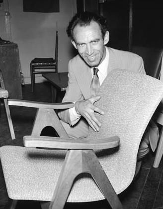 столът на Дуков - една от иконите на австралийския дизайн