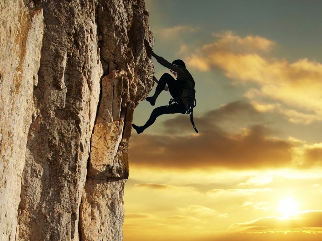 rock_climber_in_the_sunset