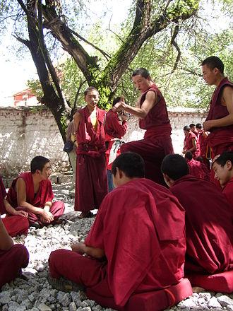 монаси