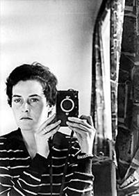 Автопортрет, 1958 г. Снимка: The Inge Morath Foundation/Magnum Photos