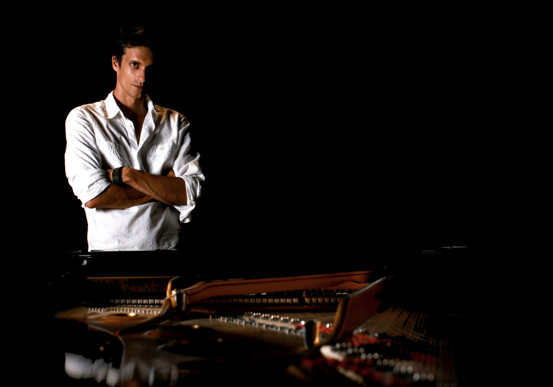 Atanas-Valkov-at-The-Concert-Hall-of-The-Fryderyk-Chopin-University-in-Warsaw