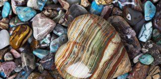 диамант речен камък