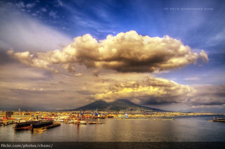 Везувий и Неапол