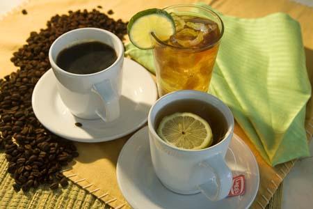 Кафето сутрин може да заместите с чай.