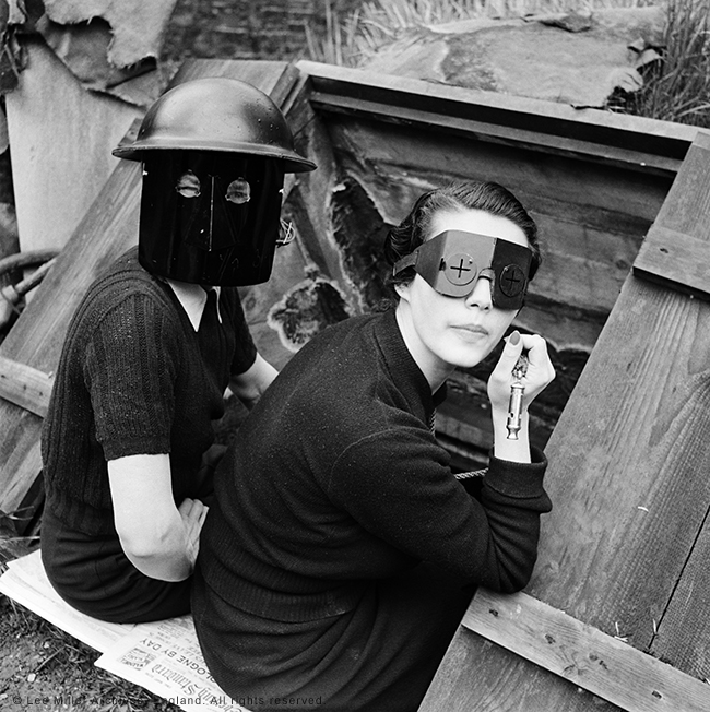 web-Fire-Masks-London-England-1941-by-Lee-Miller-3840-9
