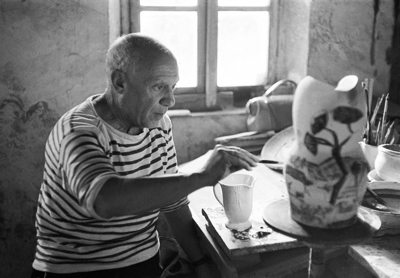 YVES-MANCIET-PICASSO-IN-THE-STUDIO-1