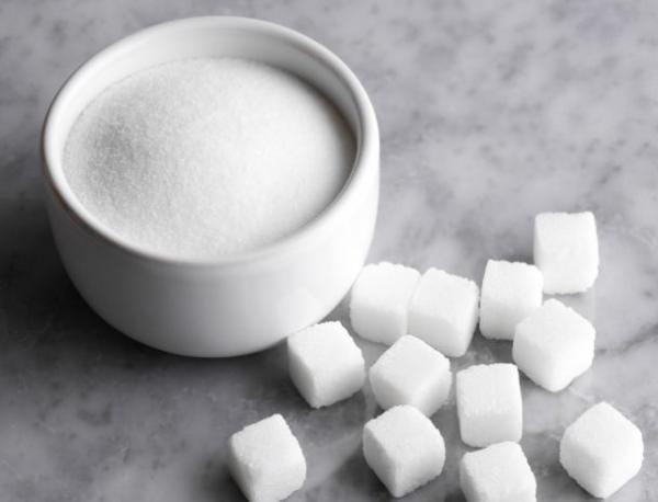 Количеството захар в една чаша кока-кола е колкото това от 10 чаени лъжици