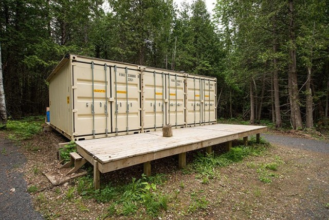 three-shipping-containers-home-1-640x428