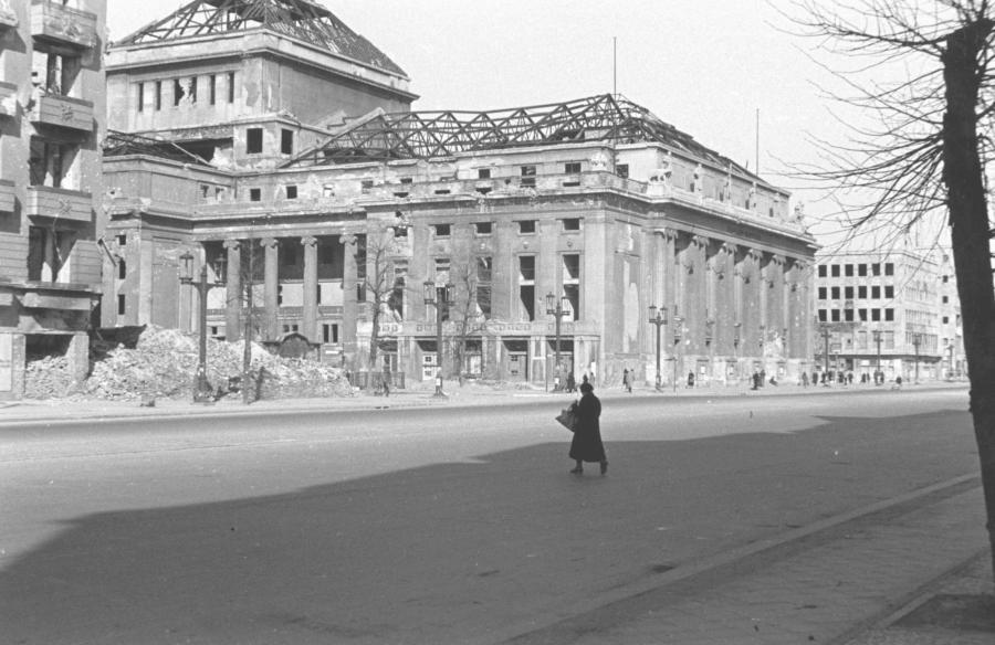 Berlin-Deutsche-Oper-Foto-1946