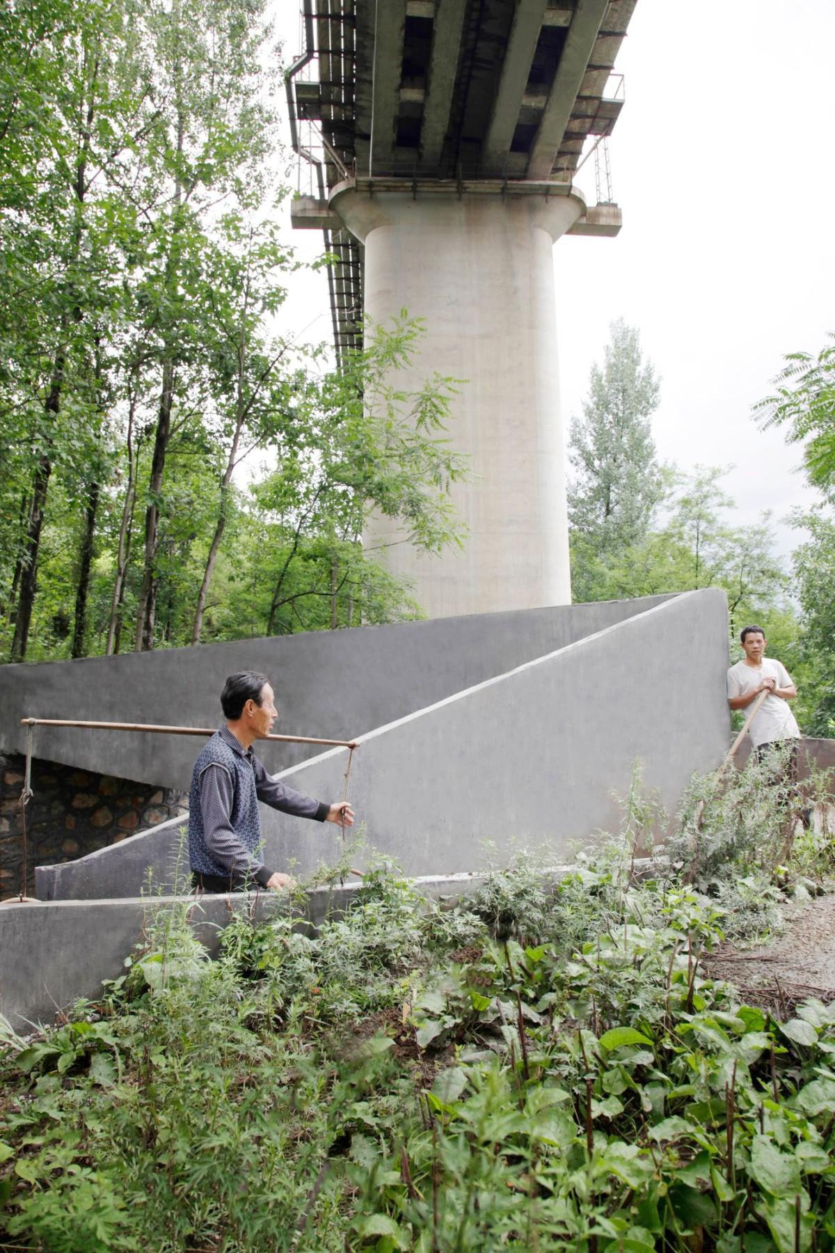 Rural-Urban-Framework-.-Lingzidi-Bridge-.-Shangzhou-3-1200x1800