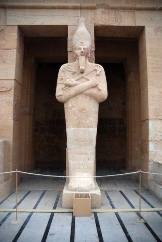 Temple of Hatshepsut-02