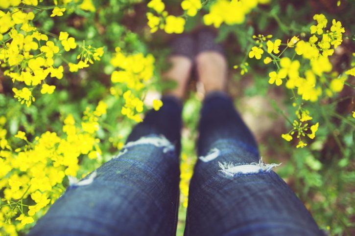legs-flowers