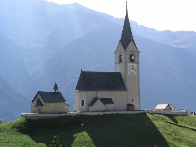 от Швейцария