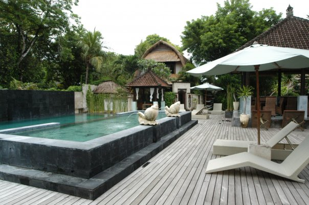 Бали хотел