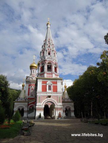 храмът в Шипка