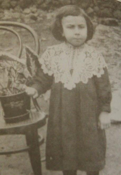 Светослав Минков на 2 години.