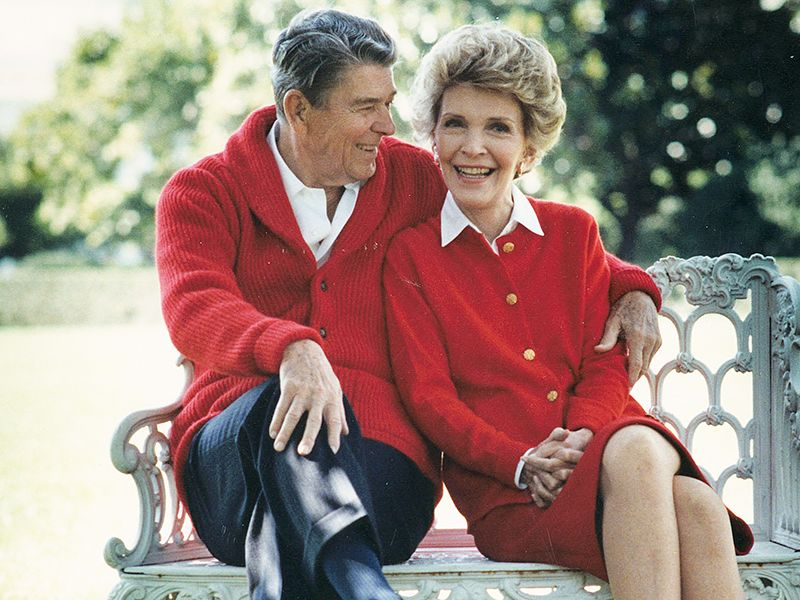ronald-nancy-reagan-a-love-story-made-in-the-movies-882406