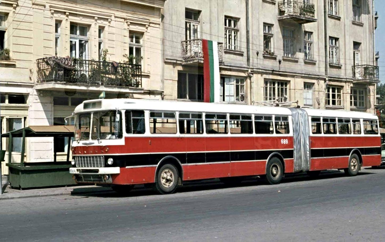 1972 г., тролейбус в България