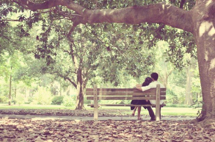Разходка или кафе в парка е страхотна идея за първа среща. Снимка: mhaithaca via Remodel Blog / CC BY-NC-SA