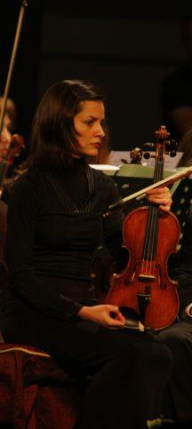 Елица Демирова