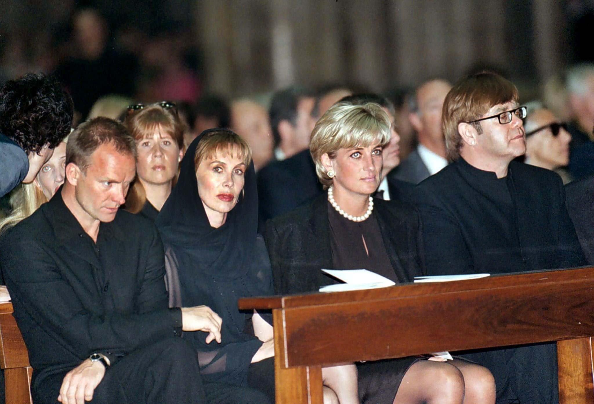 погребение Джани Версаче