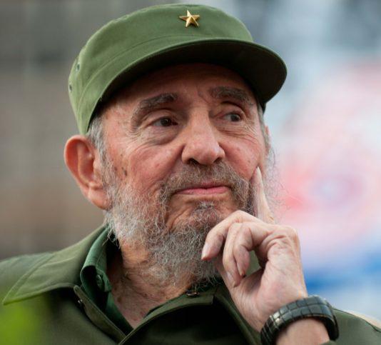 """Фидел Кастро печели рекорда за """"личност, срещу която са извършени най-много опити за убийство""""."""