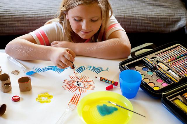 дете рисува - мечти