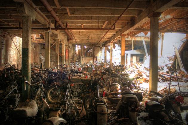 мотоциклетно гробище