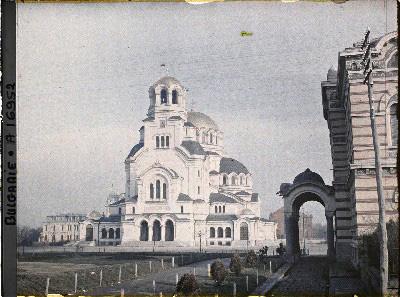 Храма Свети Александър Невски, заснет от един от фотографите на Албер Кан през 1914 г.