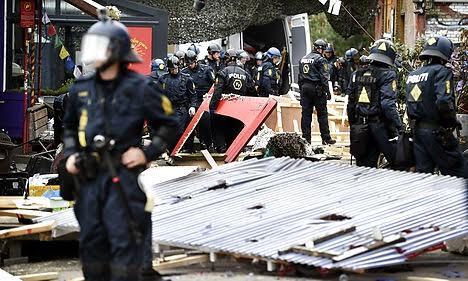 Един от полицейски щурмове в Кристияния.