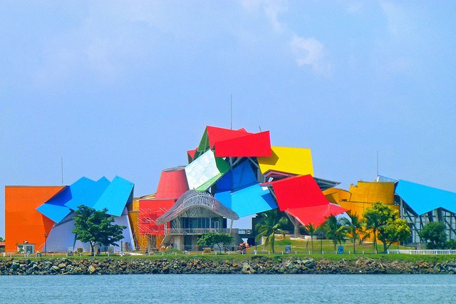 dam-images-architecture-2014-10-gehry-architecture-best-frank-gehry-architecture-24-biomuseo