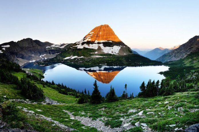 Скритото езеро
