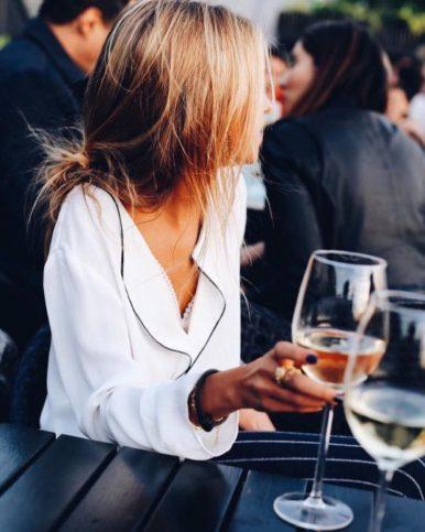 жена - вино