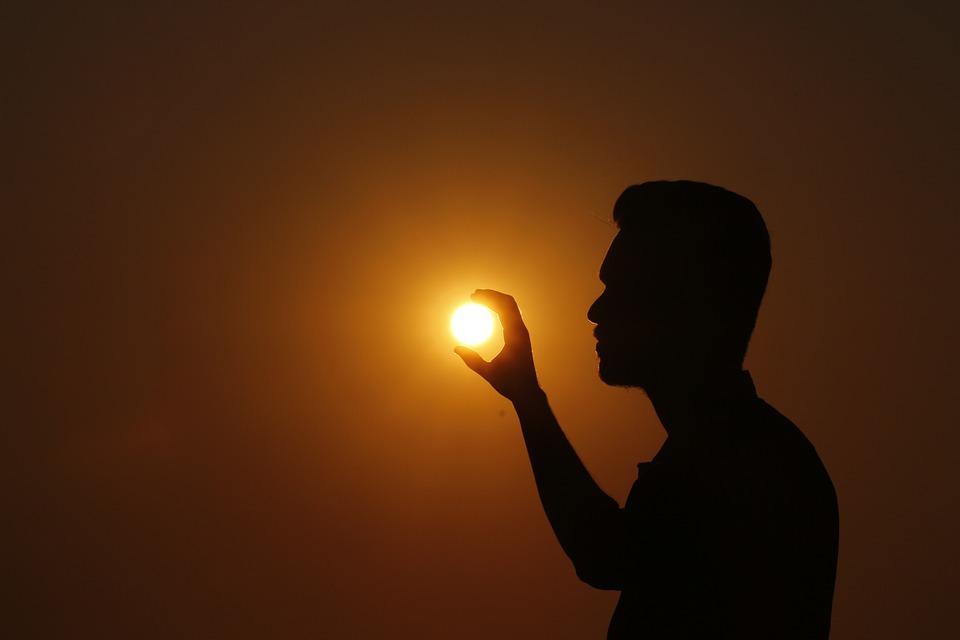 слънцеядство