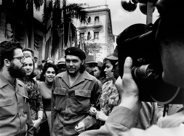Алберто Диаз фотографира Че Гевара и съпругата му в Хавана през 1959 г.