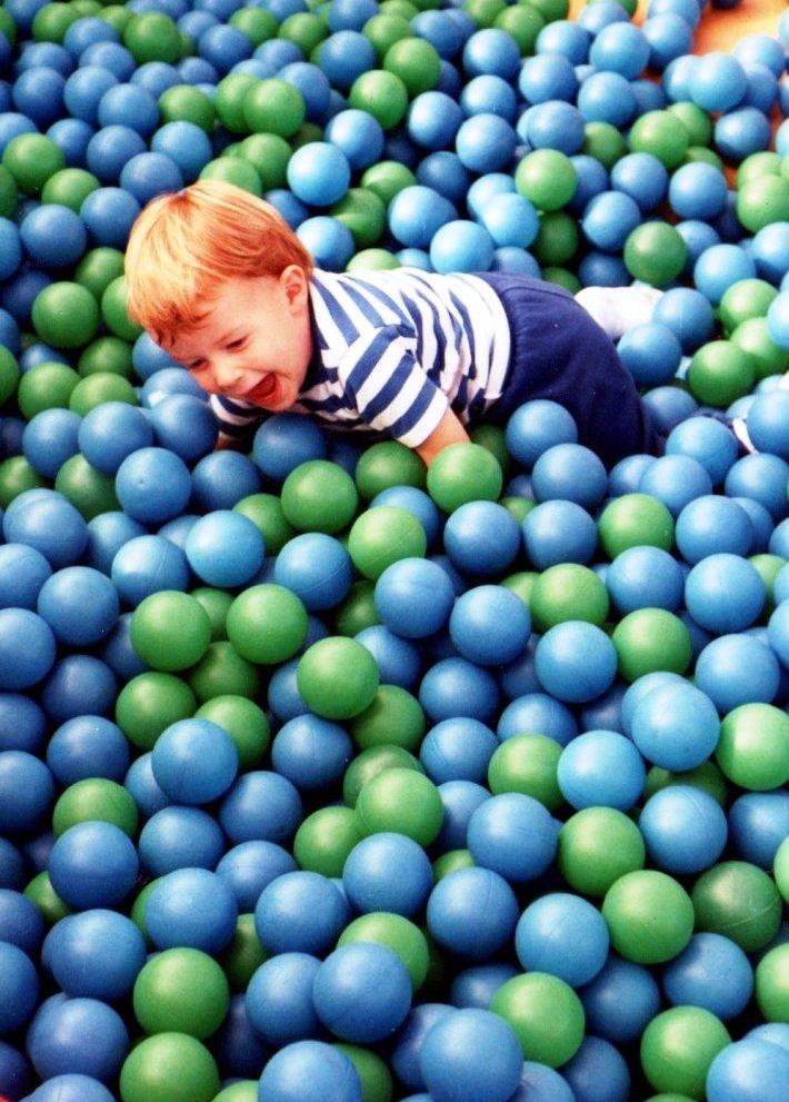 дете - топки