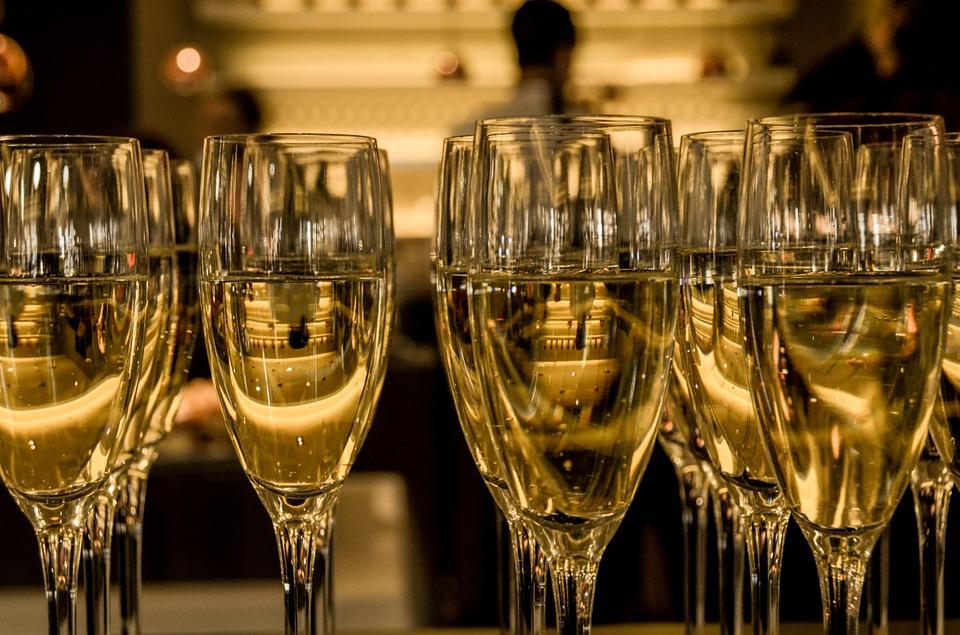 шампанското