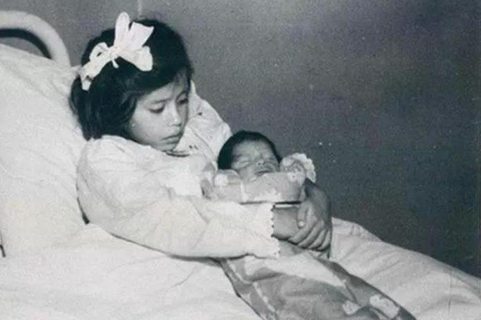 Лина Медина - най-младата майка