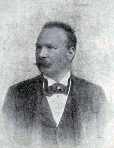 Арнардо Дзоки - автор на паметника