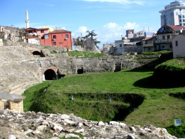 Амфитеатър в Дуръс