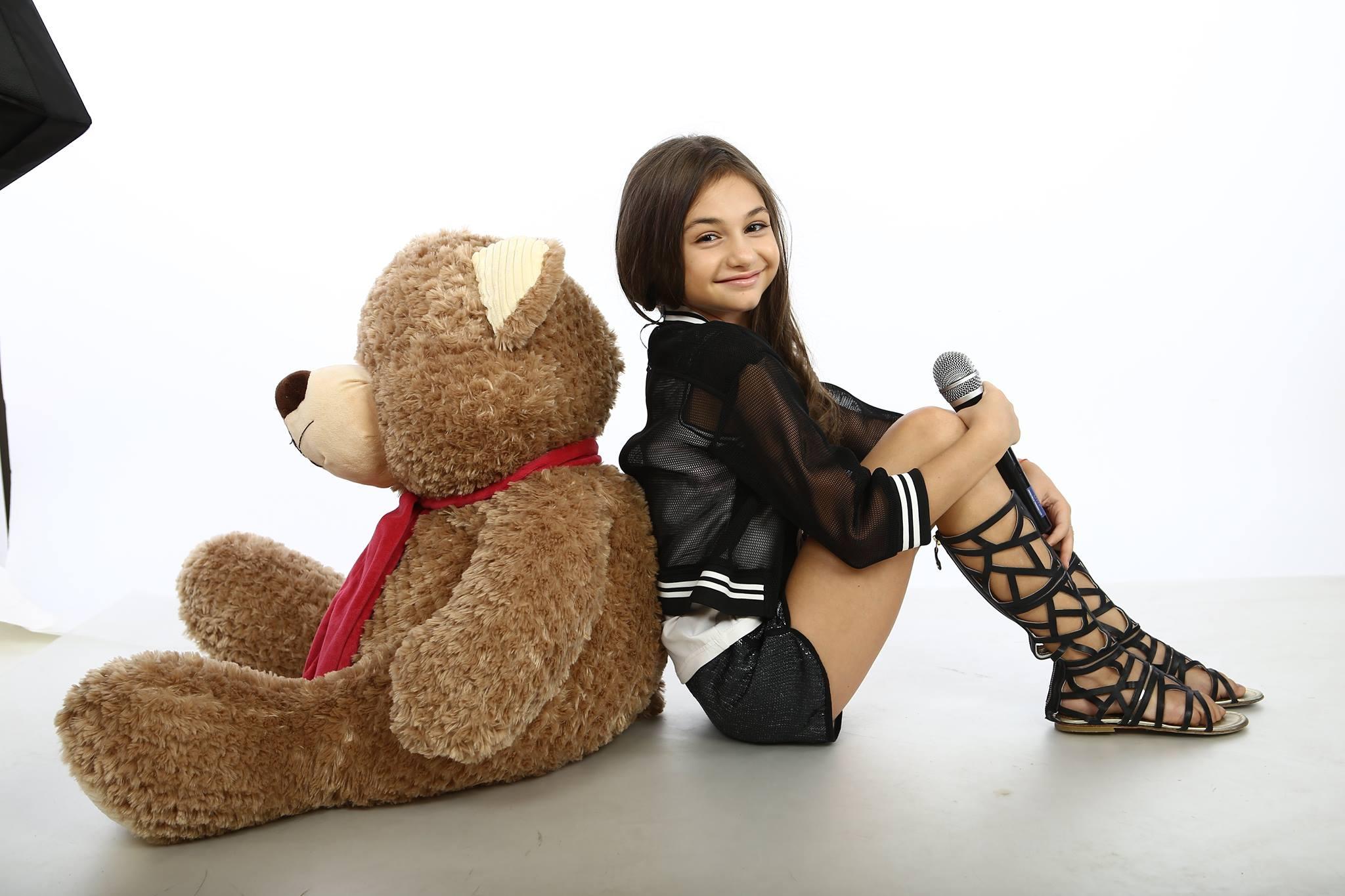 Крисия - любимото дете-чудо на България