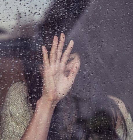 момиче - дъжд