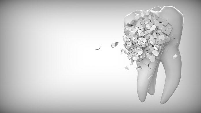 Представяме разказа Падналият зъб на Мартин Касабов