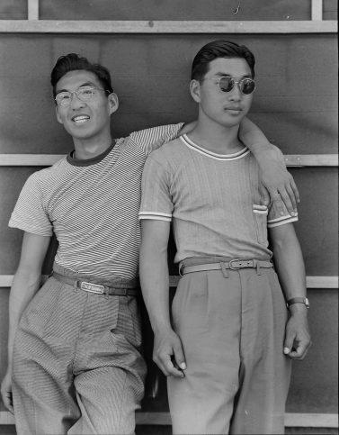 Колежани от японски произход. Калифорния, 1942 г.