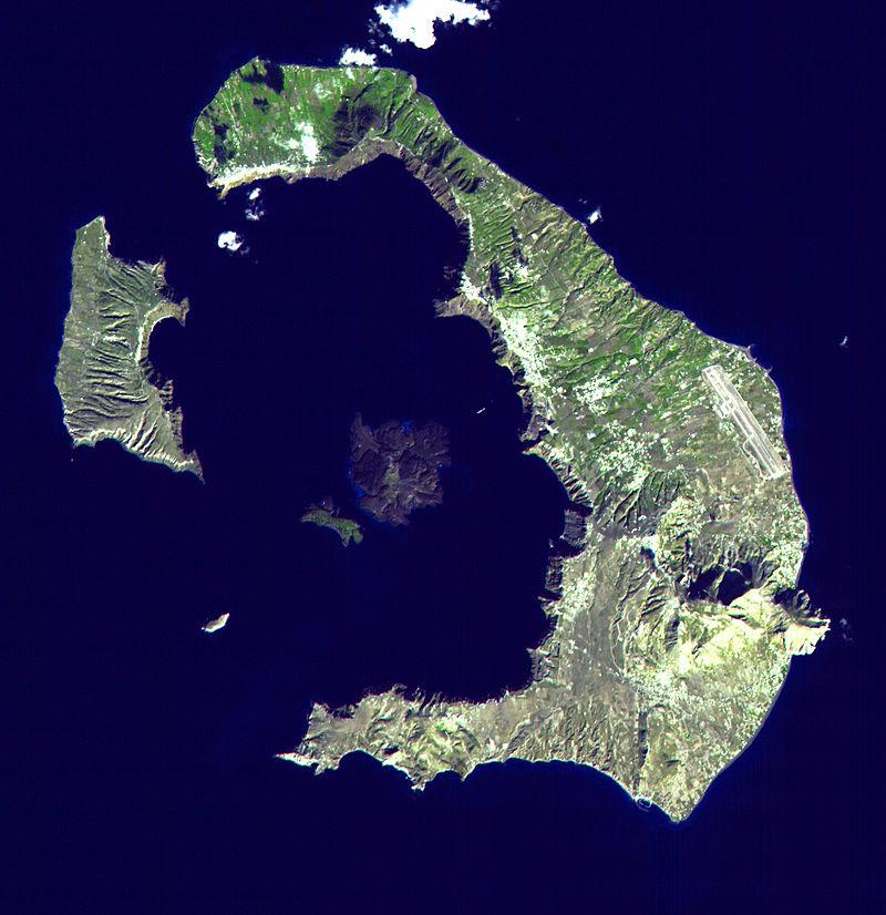 сателитна снимка на Санторини